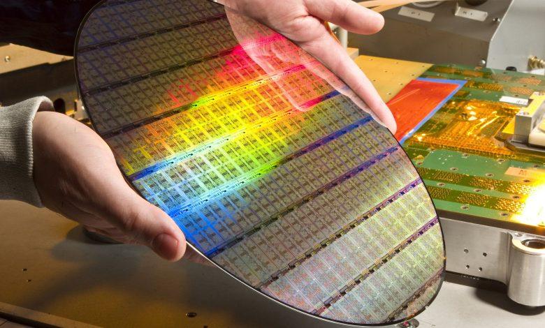 Disco de Silicio photo-impreso usado en la fabricación del procesador