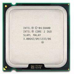 Intel lanzó el Core Duo, esta gama de procesadores de doble núcleo y CPUs 2×2 MCM (módulo Multi-Chip) de cuatro núcleos con el conjunto de instrucciones x86-64, basado en la nueva arquitectura Core de Intel. La microarquitectura Core regresó a velocidades de CPU bajas y mejoró el uso del procesador de ambos ciclos de velocidad y energía comparados con anteriores NetBurst de los CPU Pentium 4/D2. La microarquitectura Core provee etapas de decodificación, unidades de ejecución, caché y buses más eficientes, reduciendo el consumo de energía de CPU Core 2, mientras se incrementa la capacidad de procesamiento. Los CPU de Intel han variado muy bruscamente en consumo de energía de acuerdo a velocidad de procesador, arquitectura y procesos de semiconductor, mostrado en las tablas de disipación de energía del CPU. Esta gama de procesadores fueron fabricados de 65 a 45 nanómetros.
